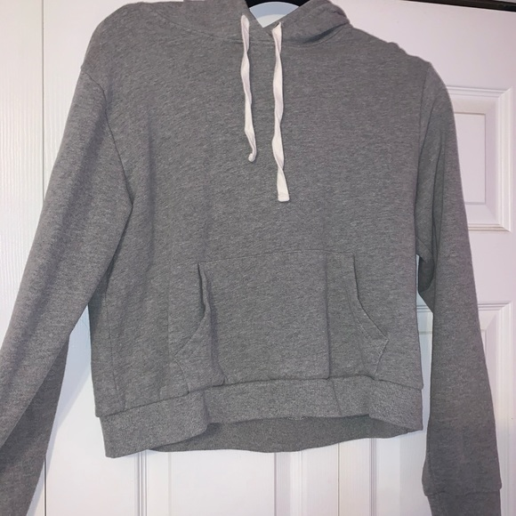 Forever 21 Tops - forever 21 cropped hoodie